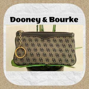 Dooney & Bourke 📁 Brown Clutch w/ Keyring